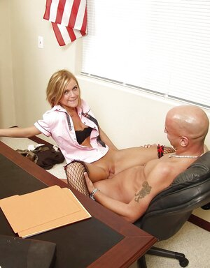 Shaved man put young lady with awesome fair hair on the desk and penetrated her