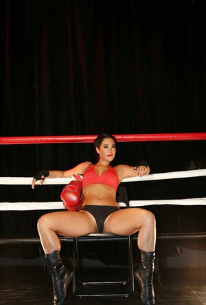 Hard kicks in the ring drive nude boxer girl into sexual satisfaction